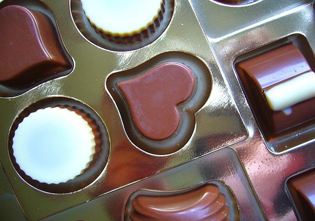 Chocolates-171351_640