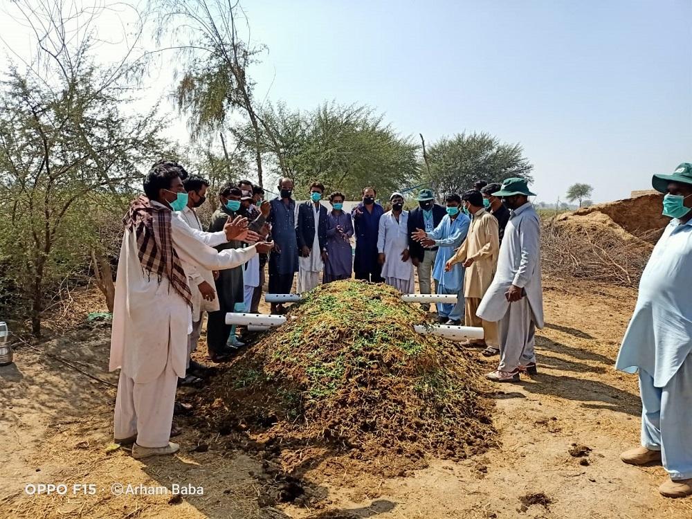 Compost-preparation-Noor-Nabi-Bhutto